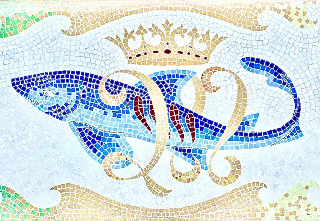 Bellesguard Gaudi Tour Mosaic